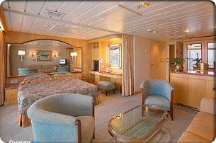 Suite - Enchantment of the Seas - Royal Caribbean